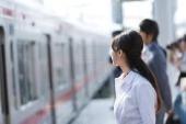 通勤途中 気になる女性